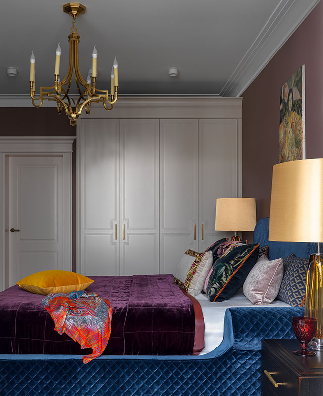 Алена Хмелинина: семейная квартира в ярких красках